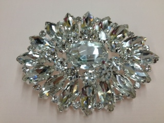 BRO-RHS-144-CLEARCRYSTAL.  CLEAR CRYSTAL BROOCH - 2.5 X 2 INCH