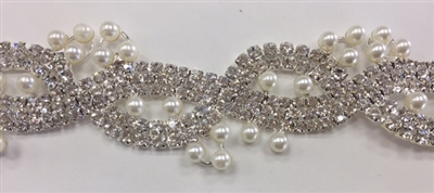 CHN-RHS-049-SILVERPEARL.  Clear Crystal Rhinestones With White Pearls on Silver Metal Chain - 1 Inch Wide