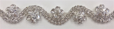 CHN-RHS-065-SILVER. CRYSTAL RHINESTONE ON SILVER METAL CHAIN - 3/4 INCH WIDE - PRICE IS PER YARD