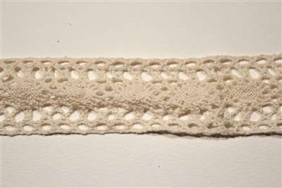 LNS-CLU-109-NATURAL.  Cluny Lace