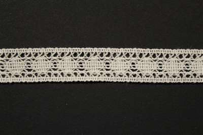 LNS-CRO-107-WHITE.  Crochet Lace