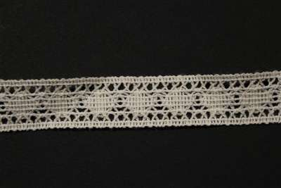 LNS-CRO-127-WHITE.  Crochet Lace
