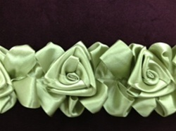 LNS-FLR-144-GREEN.  Floral Lace/Trim