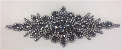 "RHS-APL-422-CLEARBLACK. Clear and Black Crystal Rhinestone Applique - 9"" x 3"""