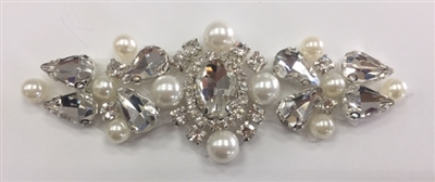 RHS-APL-927-SILVER. Hot-Fix and Sew-On Clear Crystal Rhinestone Applique - With Pearls, Silver Beads and Clear Crystals - 4 x 1.5 Inches. Can be Used for Making Belts, Sashes, Head-Bands, Party Dresses and Costumes.