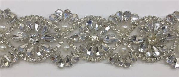 RHS-TRM-T025-SILVER.  Hot-Fix or Sew-On Clear Crystal Rhinestone Trim with Pearls - Silver Cup - 1.5 Inch Wide